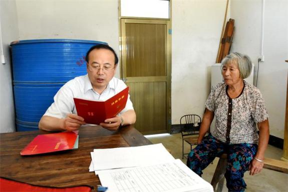 张祥安在定远县调研时强调