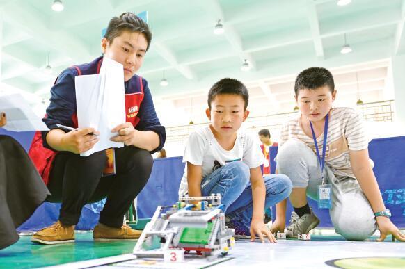 青少年机器人大赛滁州开赛